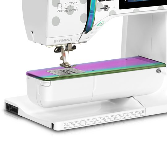 BERNINA 570QE Tula Pink Special Edition Sewing, Quilting