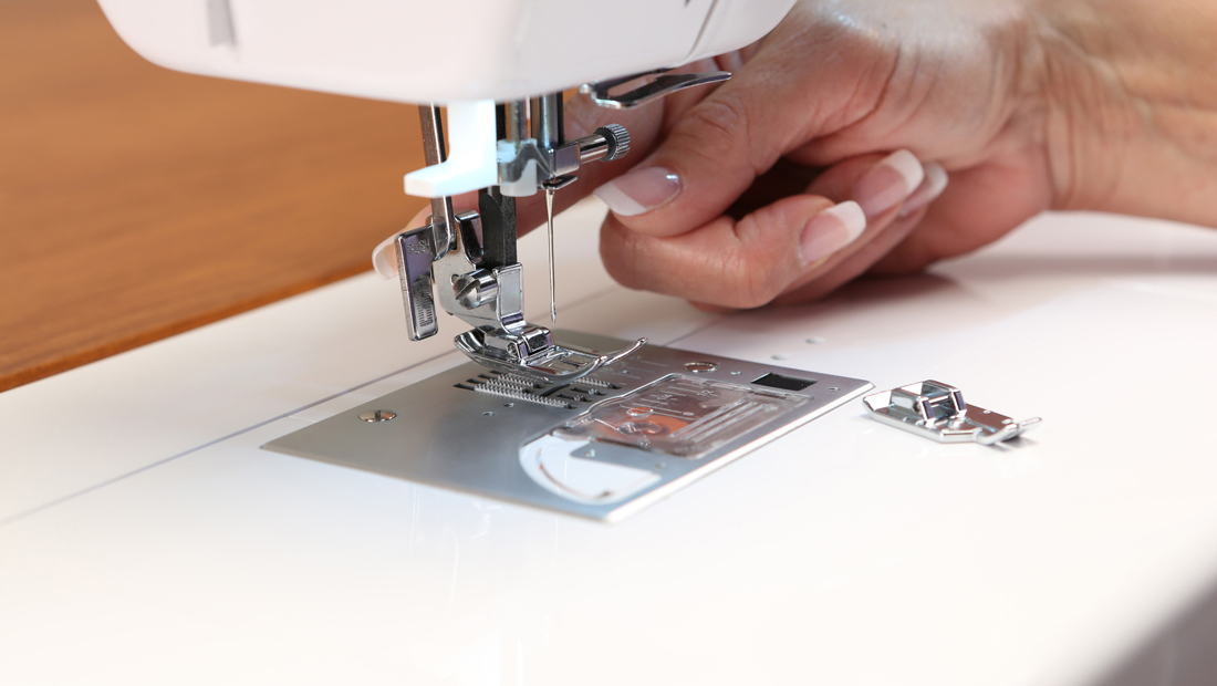4 Foot Led Lights >> Baby Lock Jazz Sewing & Quilting Machine | Meissner Sewing