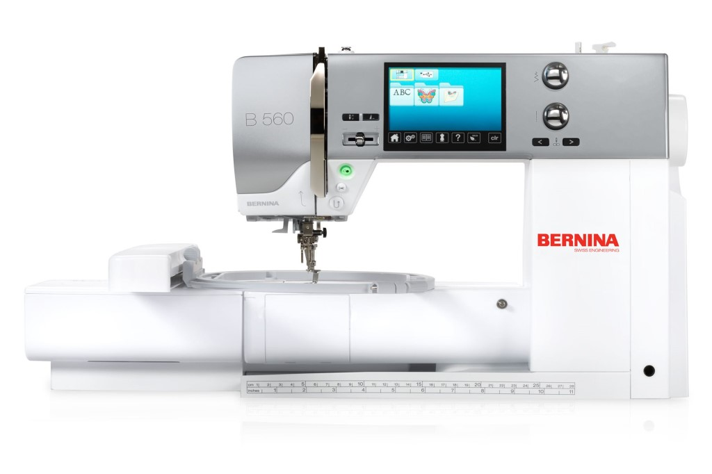 BERNINA 560 Front View